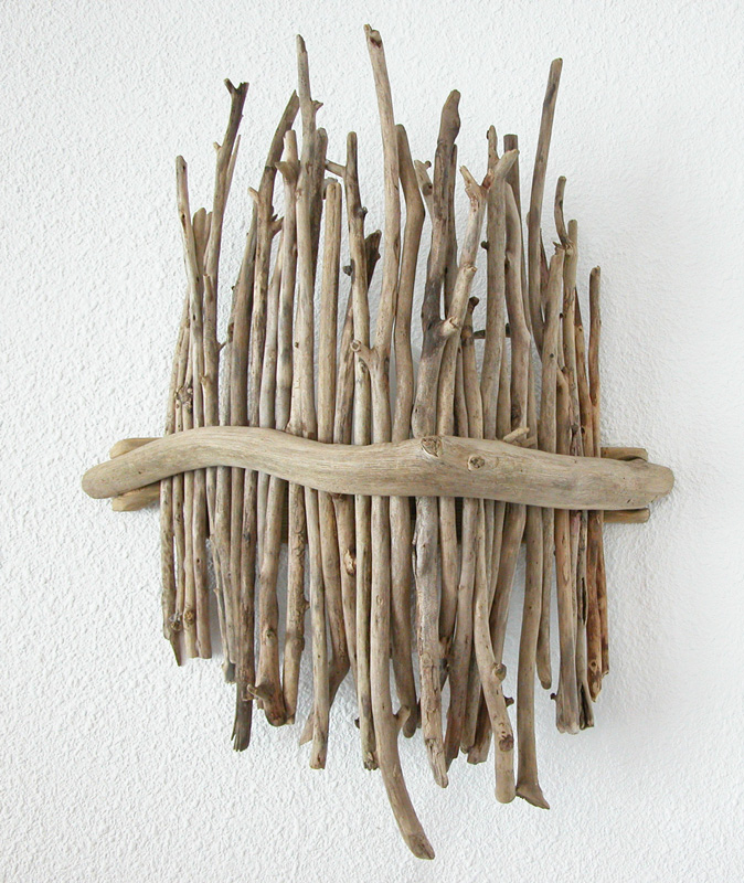 Bois flott on pinterest driftwood lamp drift wood and for Fabriquer applique murale bois flotte