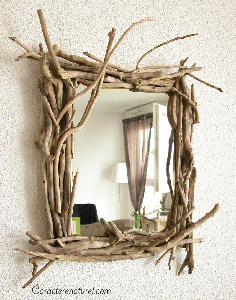 Caract re naturel miroir en bois flott for Cadre photo bois flotte